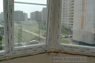 Лоджия с установленными окнами