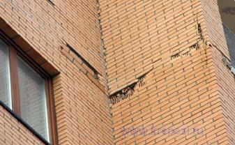Ремонт кирпичной облицовки фасада